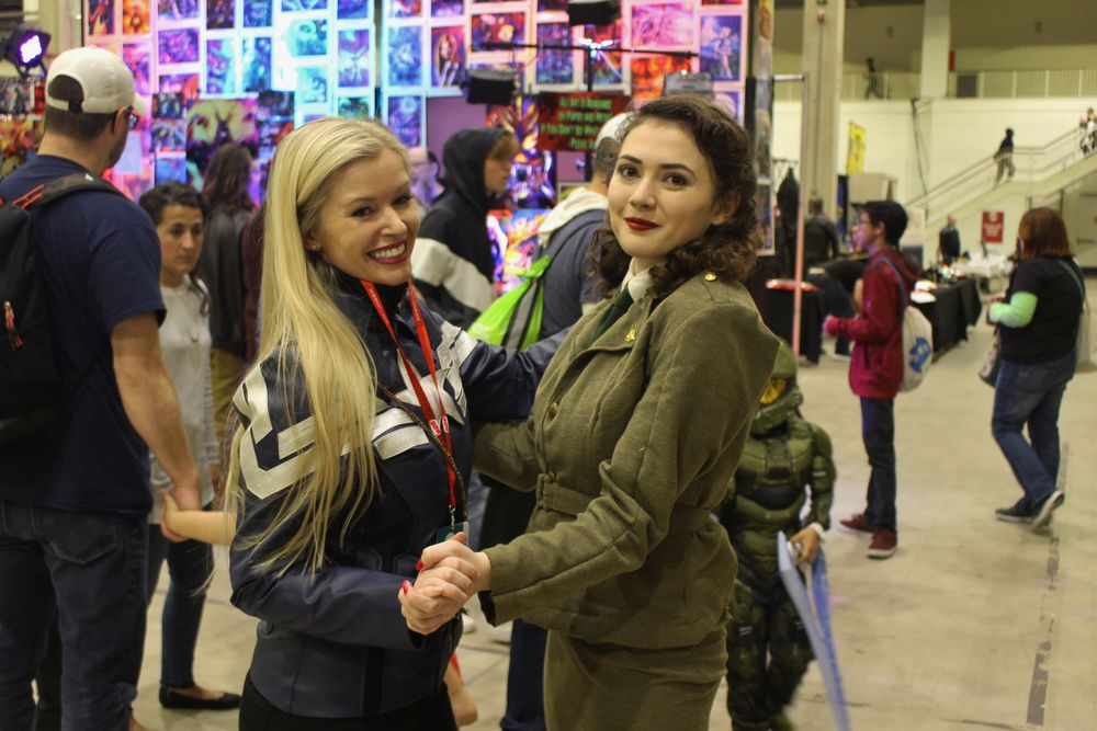 Captain America and Agent Carter cosplayers