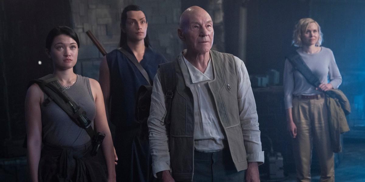 Star Trek Picard 1x09 group exploring