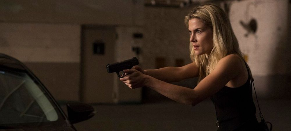 Trish Walker with gun, Jessica Jones season 2