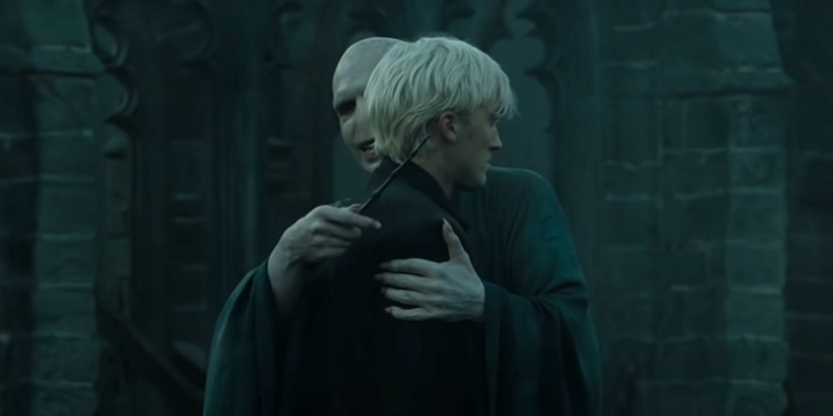 harry potter and the deathly hallows part 2, voldemort and draco hug